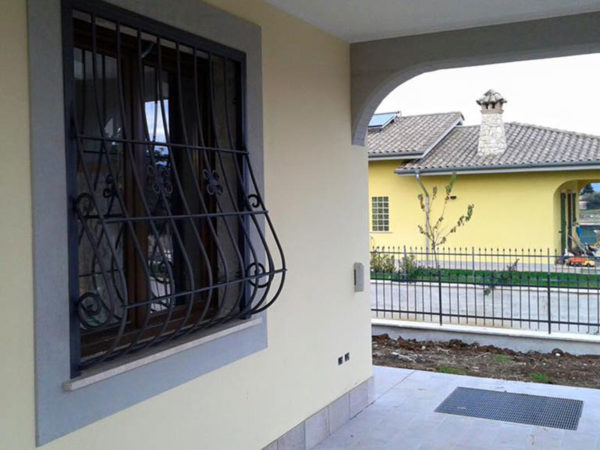 foto installazioni grate imposte progetti roma portfolio serramenti82 roma