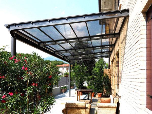 foto installazioni pensiline tettoie condominio progetti roma portfolio serramenti82 roma