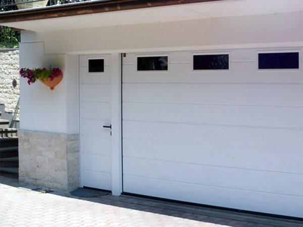 foto installazioni porte garage bianche progetti roma portfolio serramenti82 roma